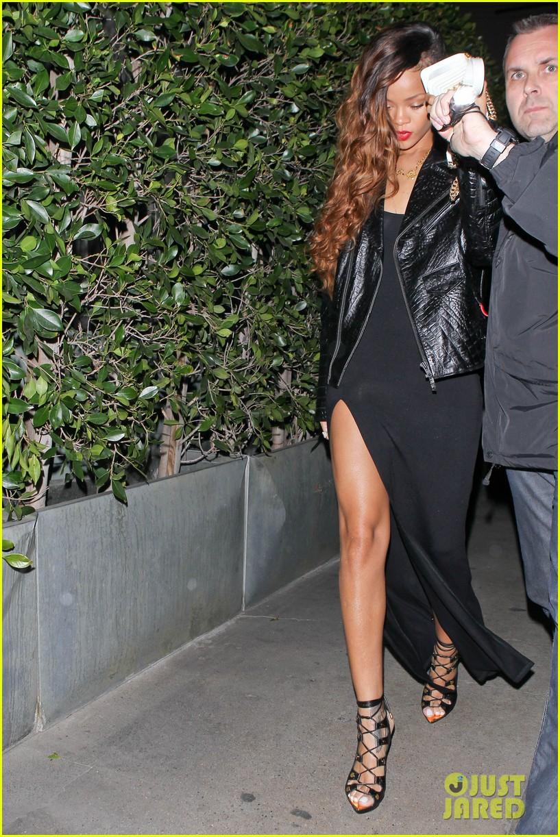His Chris Rihanna Brown Back