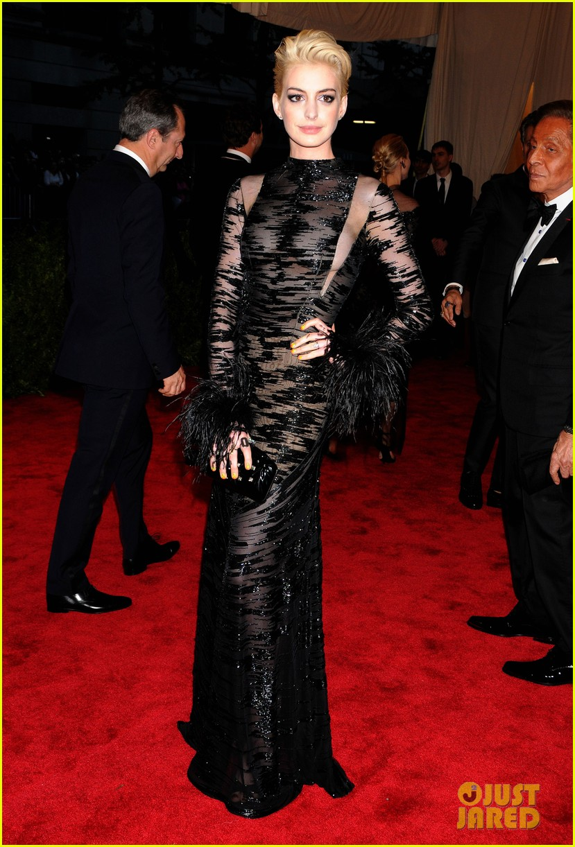 Anne Hathaway in Valentino at the 2013 Met Gala