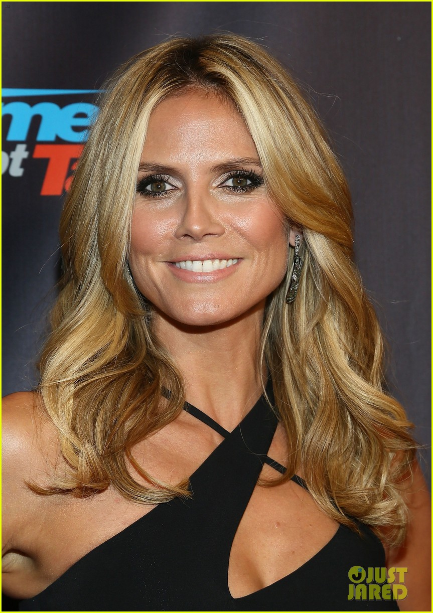Heidi Klum Americas Got Talent Finale Performance Show