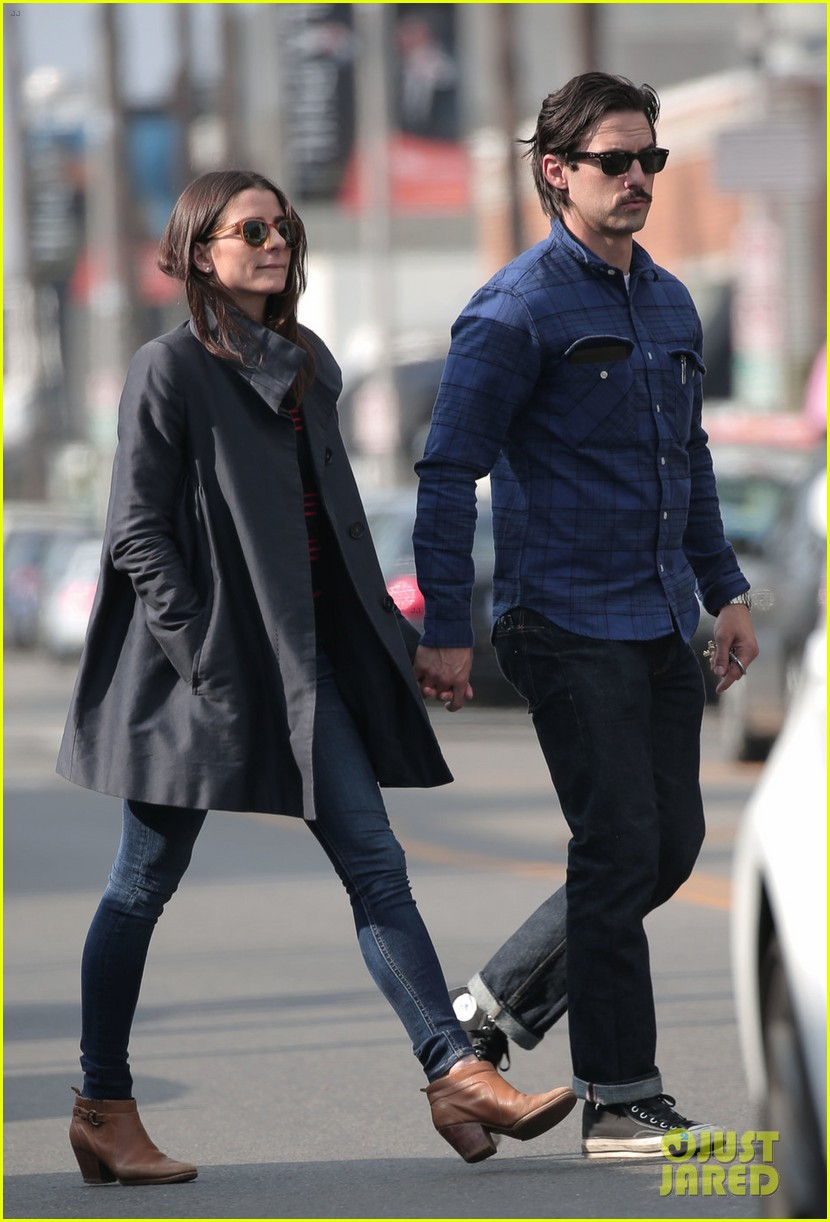 Milo Ventimiglia Holds Hands With Mystery Brunette in L A   Photo     Milo Ventimiglia Holds Hands With Mystery Brunette in L A