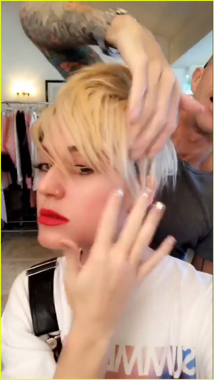 Katy Perry Debuts New Short Haircut Channels Miley Cyrus