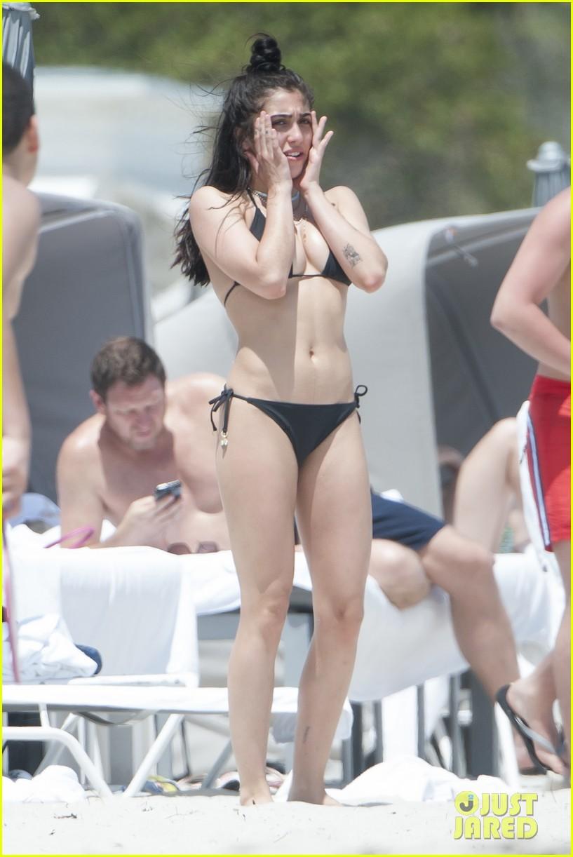 Lourdes Leon Hits The Beach Flaunts Unshaved Armpits