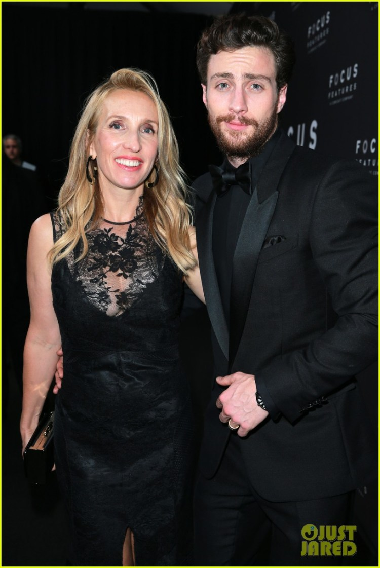 Aaron Taylor-Johnson & Wife Sam Hit Up Golden Globes 2018 ...