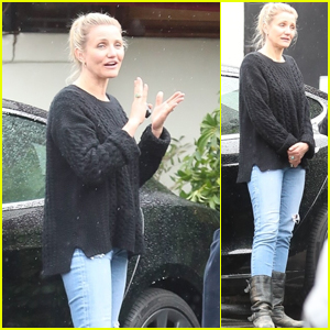 Cameron Diaz Enjoys Lunch With Friends in Beverly Hills