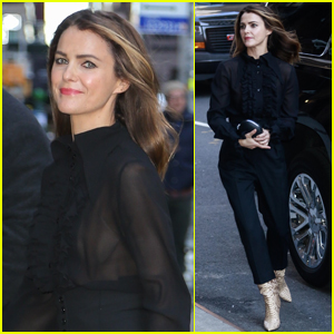 Keri Russell is All Smiles Arriving at Her Appearance on 'The Late Show'