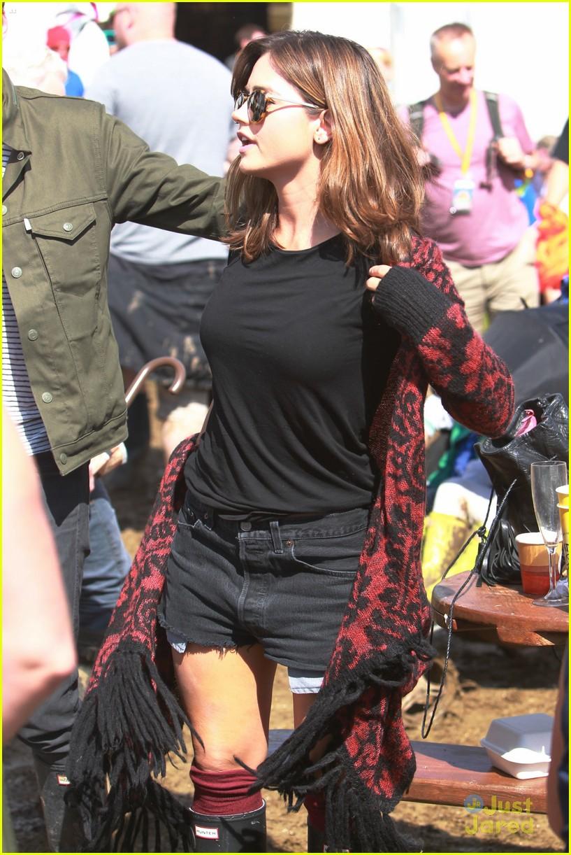 Jenna Coleman & Richard Madden Enjoy Glastonbury Festival ...
