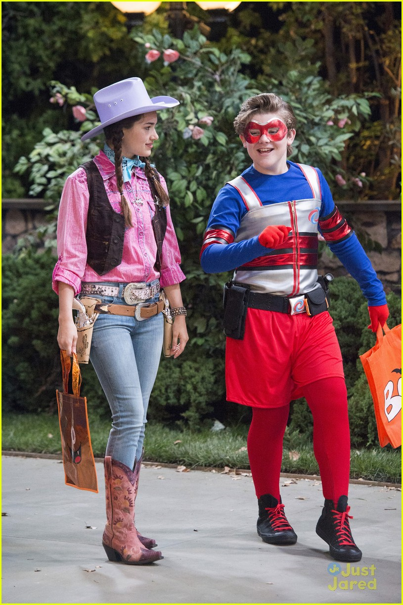 Its Halloween For Henry Danger Watch An Exclusive