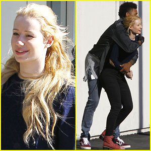 Iggy Azalea Amp Nick Young Bust A Move While On A Lunch Date