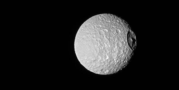 Saturn's icy moon Mimas NASA/JPL-Caltech/Space Science Institute