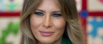 Melania Trump Doesn't Wear Islamic Headscarf On Saudi Arabia Visit