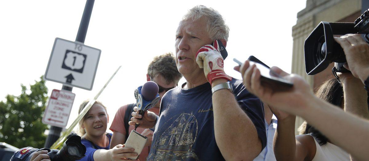 U.S. Rep. Mo Brooks (R-AL) talks to reporters after a gunman opened fire on Republican members of Congress during a baseball practice near Washington in Alexandria, Virginia, U.S., June 14, 2017. REUTERS/Joshua Roberts - RTS172FJ