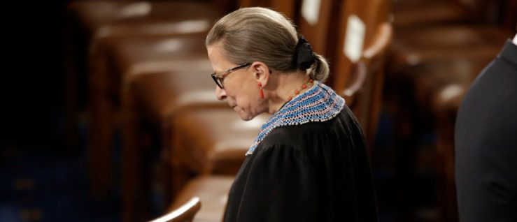Justice Ruth Bader Ginsburg arrives to watch President Barack Obama's State of the Union address. January 20, 2015. REUTERS/Joshua Roberts