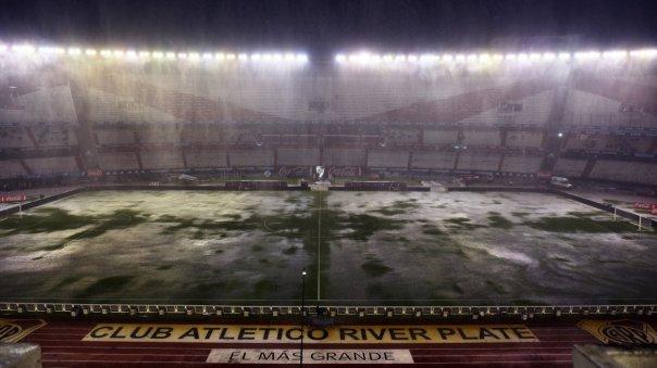 El partido que debían disputar Argentina y Brasil en el estadio Monumental fue suspendido a causa de la tormenta que azotó a Buenos Aires