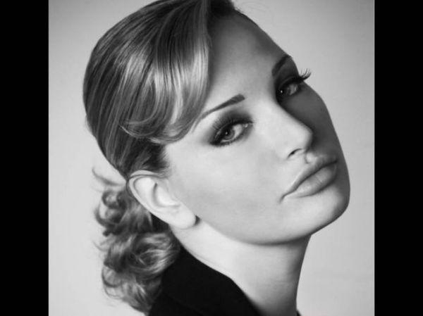 Людмила Максакова похожа на Сталина внешне? А Мария ...