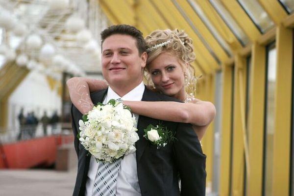 Как оригинально поздравить на свадьбе коллегу?