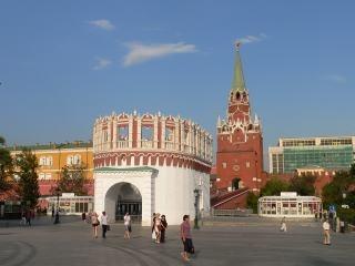 Какая из башен московского Кремля самая высокая?