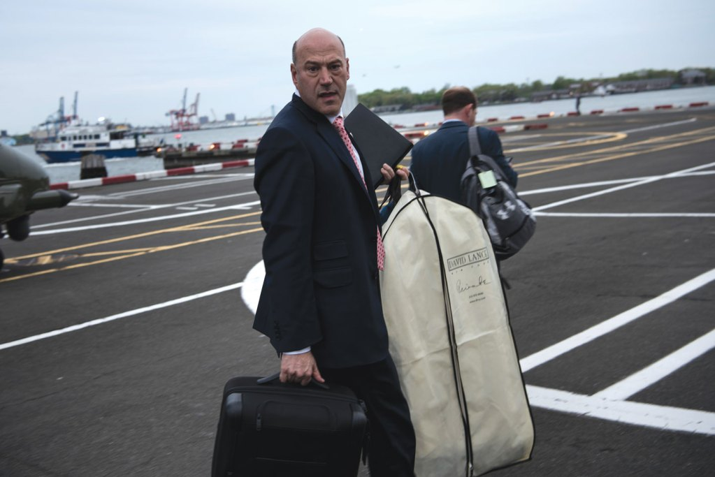 National Economic Council Director Gary Cohn arrives at a Wall Street Heliport while traveling with US President Donald Trump May 4, 2017 in New York, New York. / AFP PHOTO / Brendan Smialowski        (Photo credit should read BRENDAN SMIALOWSKI/AFP/Getty Images)