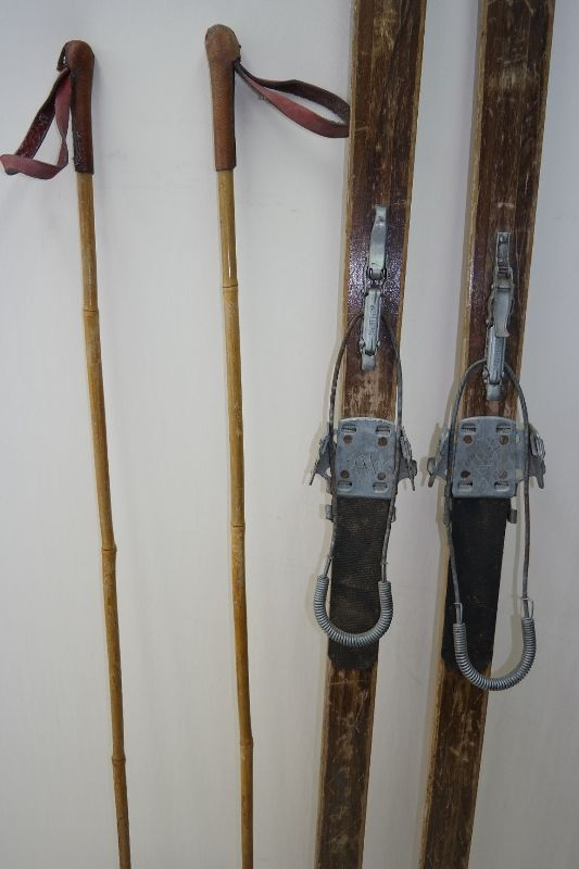 Alte Holzski, Schneeschuhe, Höhnberg Holz Ski + antik