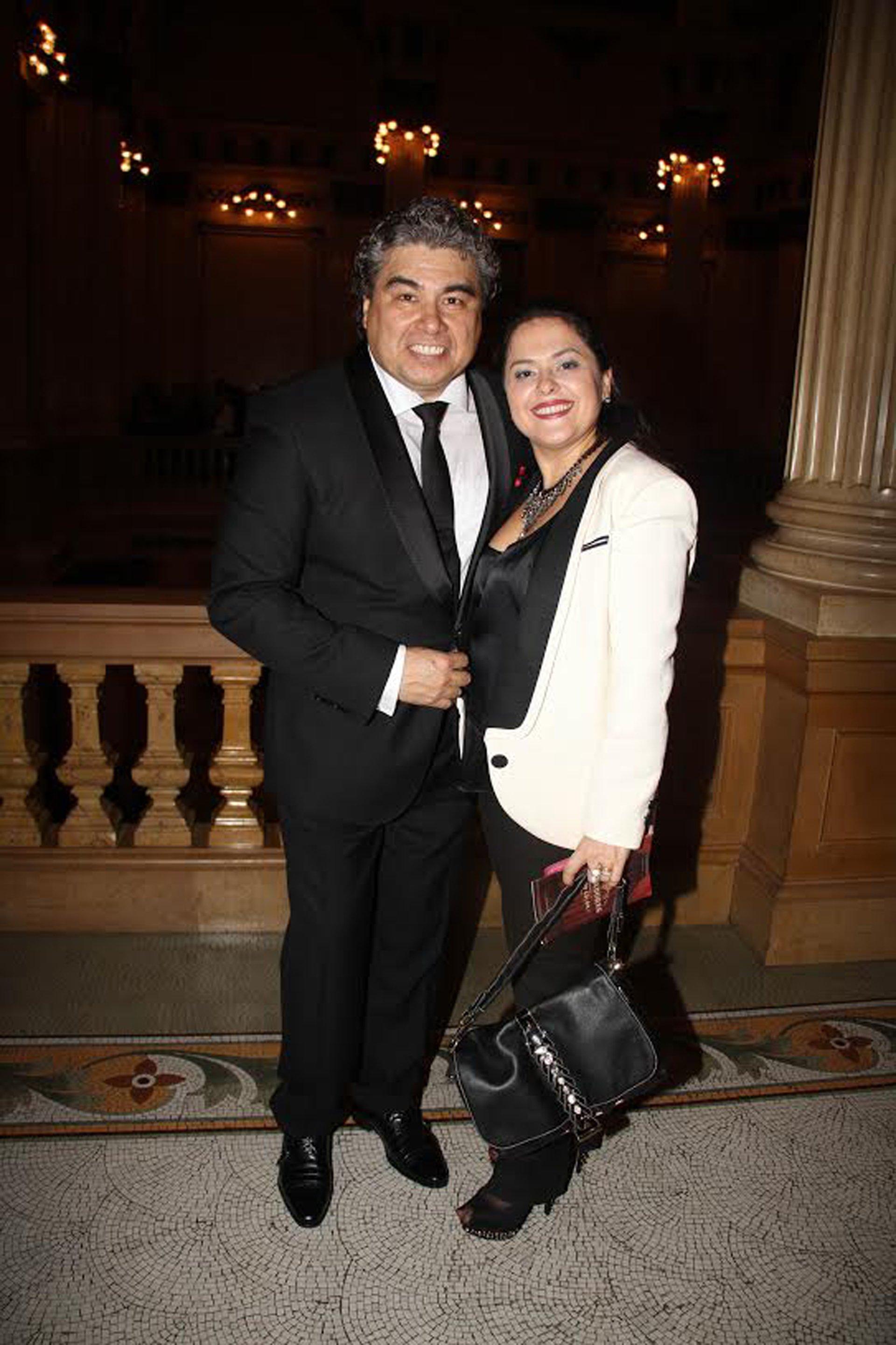 Jorge Castro y su esposa