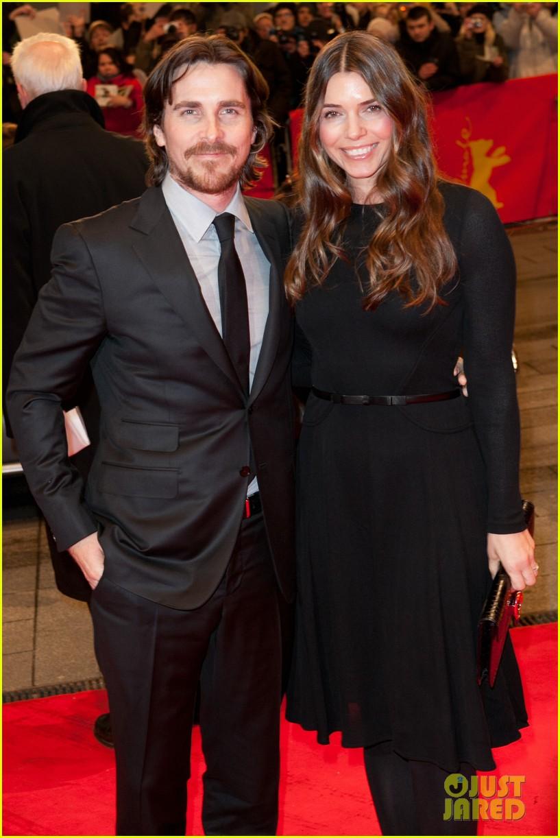 Christian Bale Amp Family Berlin Bunch Photo 2629569