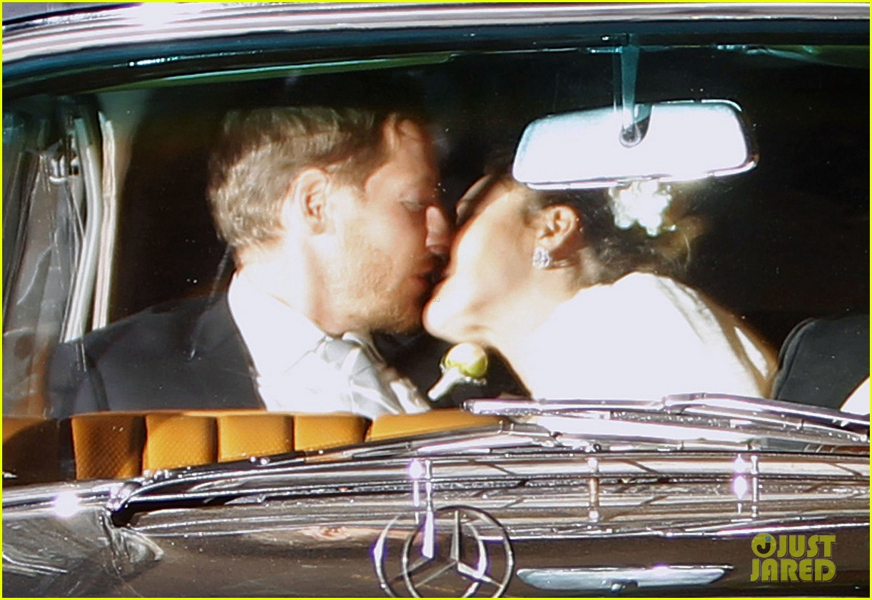 drew barrymore will kopelman wedding kiss 04