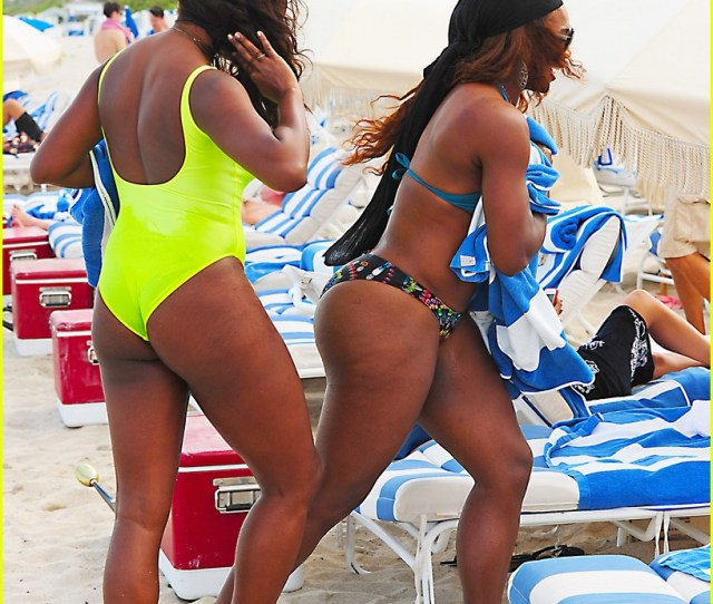 Serena Williams Embracing Boobs In Fitness 24