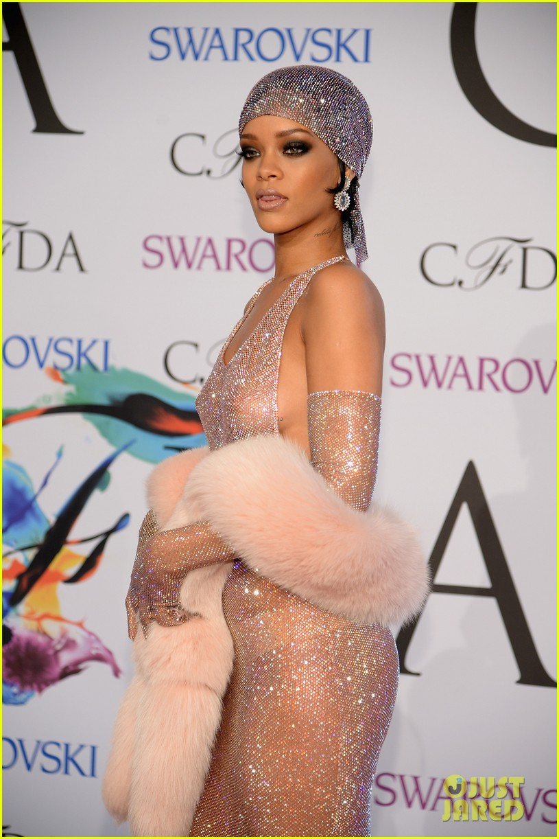 rihanna sheer dress cfda fashion awards 2014 02