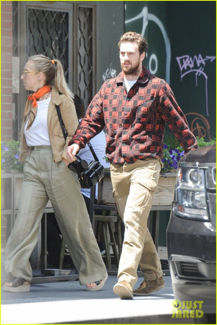 Full Sized Photo of aaron taylor johnson heads to lunch ...