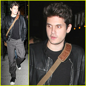 Elle Decor And John Mayer Hosted A Party At Armani Casa This Past Tuesday Night That Was Packed With Very Stylish Crowd Lot Of Handsome Italian Men