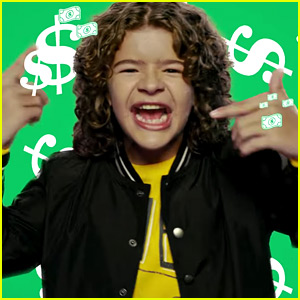 stranger things gaten matarazzo raps in old navy s black - Old Navy Christmas Commercial