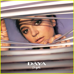 Daya – Safe lyrics
