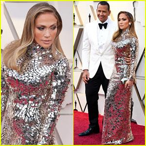 Jennifer Lopez & Alex Rodriguez Make One Hot Couple at Oscars 2019