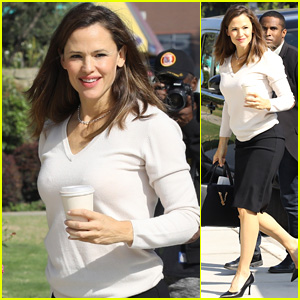 Jennifer Garner Is All Smiles for a Sunday Church Service With the Kids