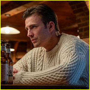 Chris Evans' Dog Wears the 'Knives Out' Sweater in New ...