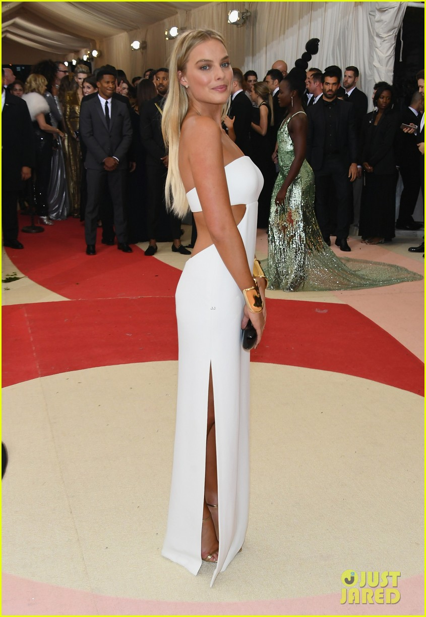 Margot Robbie Stuns In White Cut Out Dress At Met Gala