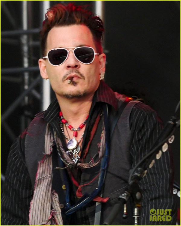 Johnny Depp Performs in Denmark After Alleged Texts Emerge ...