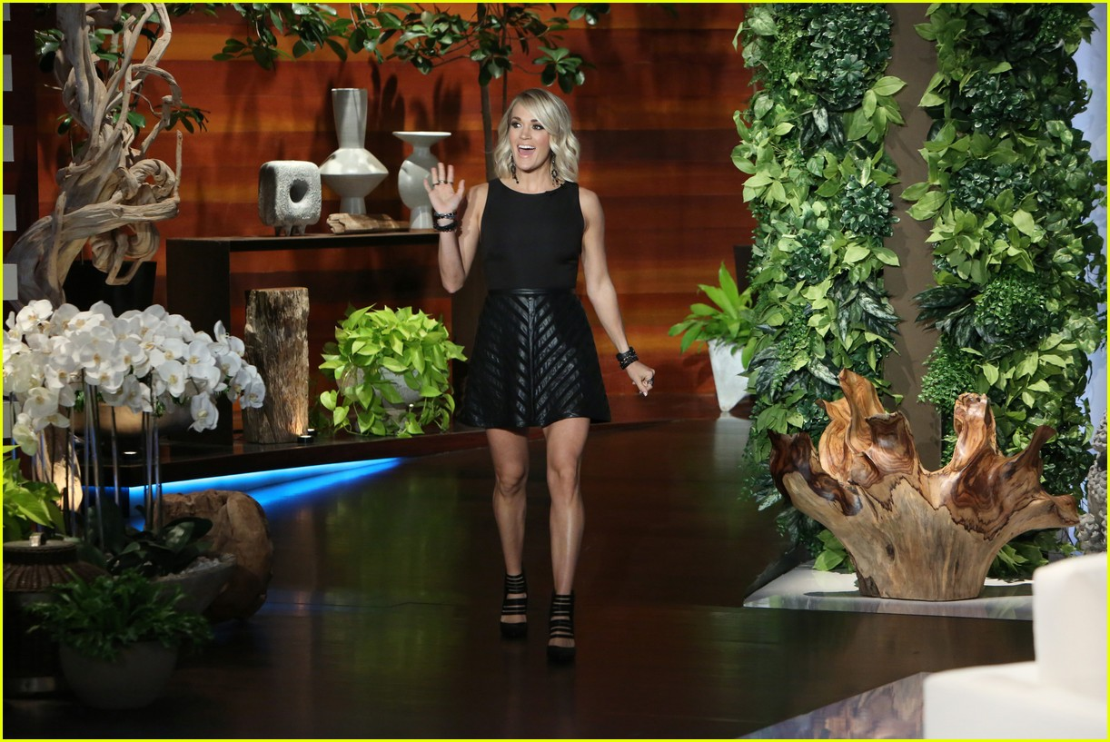 Ellen DeGeneres Amp Seth Rogen Get Carrie Underwood To Do A