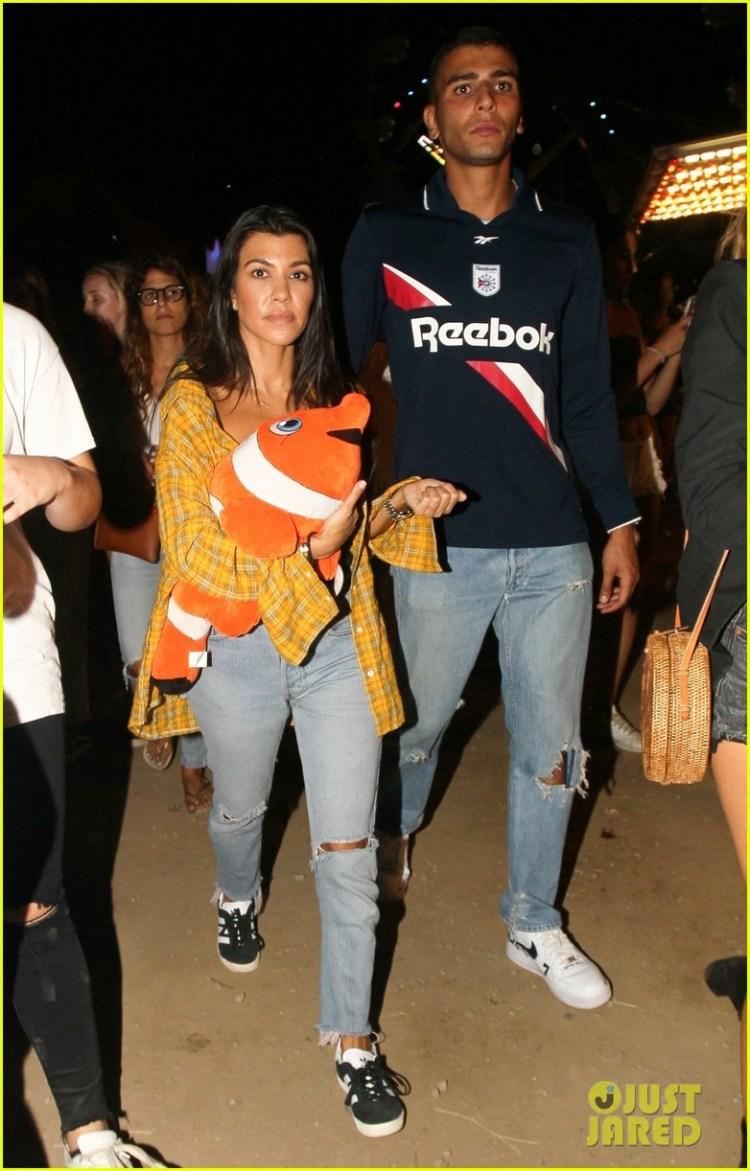 Kourtney Kardashian & Boyfriend Younes Bendjima Pack on ...
