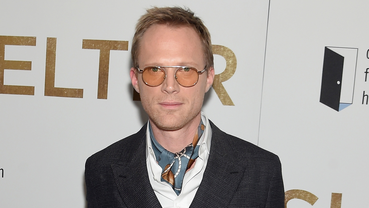 Paul Bettany Shares Set Photo From Star Wars Han Solo