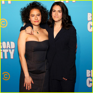 Ilana Glazer & Abbi Jacobson Celebrate Final Season of 'Broad City' in NYC
