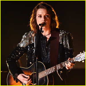 Brandi Carlile Gets Standing Ovation for 'The Joke' Grammys 2019 Performance (Video)