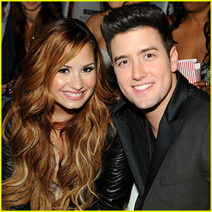 Demi Lovato Watches 'The Bachelorette' with Logan Henderson!