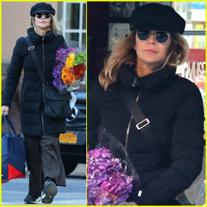 Meg Ryan Steps Out in NYC After Ending Engagement with John Mellencamp