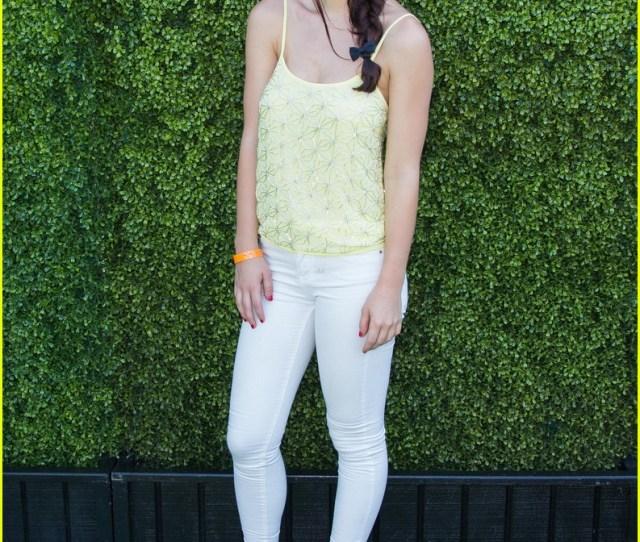 Chloe Bridges Nathalia Ramos Just Jareds Summer Kickoff Party  Photo Gallery Just Jared Jr