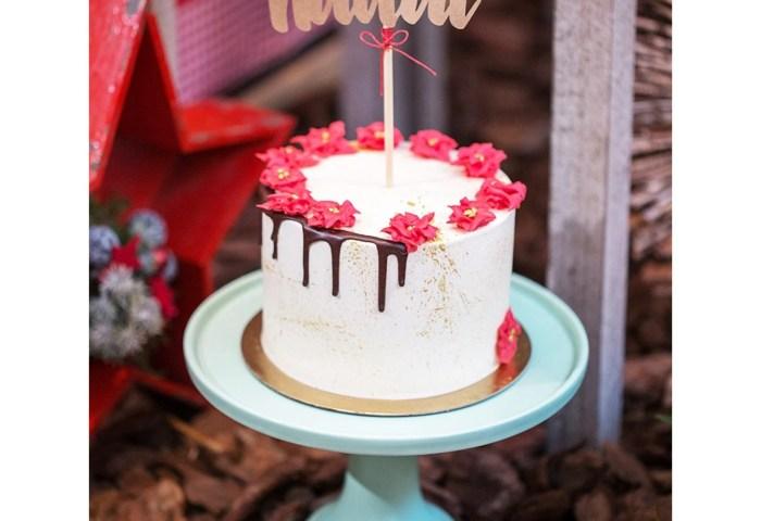 Christmas Cake Red Velvet And Cream Cheese