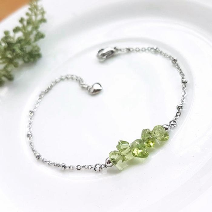 橄欖石可以招財,也被做為結婚紀念的婚姻石