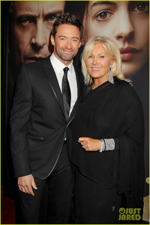 Full Sized Photo of hugh jackman russell crowe les ...