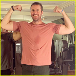 Armie Hammer Flexes His Big Biceps in New Workout Photo