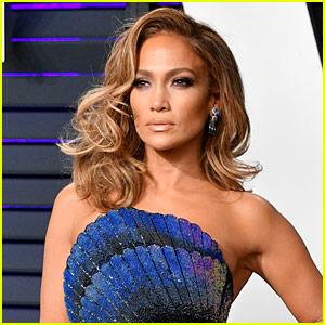 Jennifer Lopez to Receive Fashion Icon Award at CFDA Fashion Awards 2019