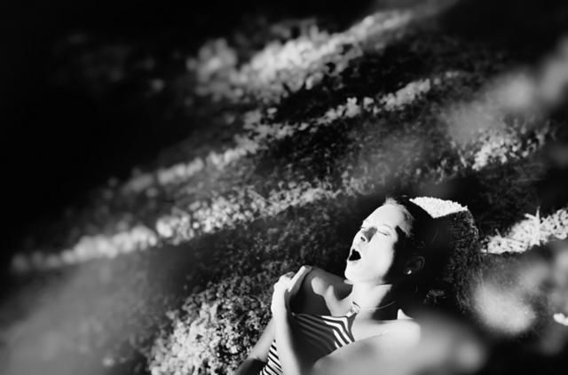 贊同女性「性解放」主張:攝影師用相機拍下女性高潮前一刻的真實樣貌 - Page 2 | manfashion這樣變型男
